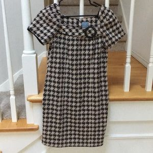 Black and Tan Houndstooth Sheeth